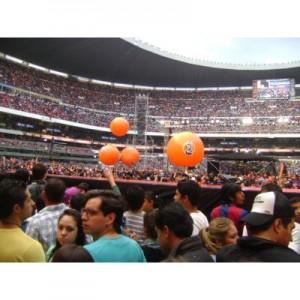pelotas con y sin iluminación inflables en venta
