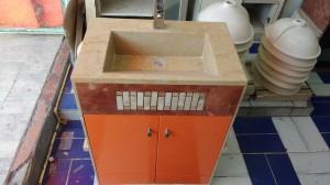 mueble con lavabo en mármol a la medida