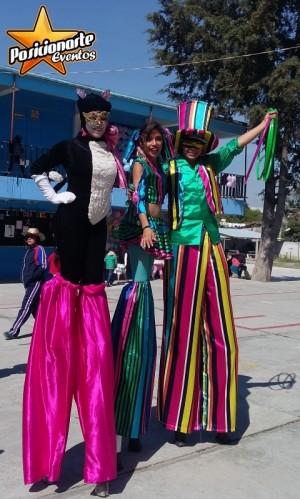 show de zanqueros: carnaval, eventos, desfiles. posicionarte eventos.