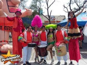 carnaval y desfiles: show de batucada, zanqueros, bailarinas,comparsas